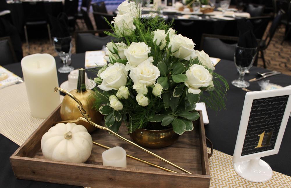 Hangers table arrangement 4 (1 of 1)