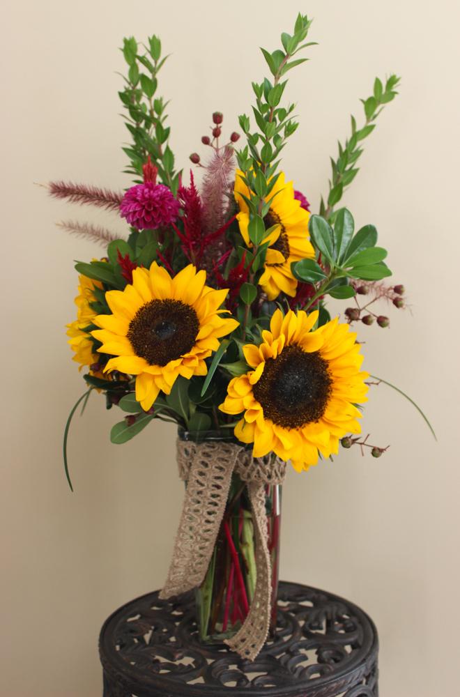 Sunflower anniversary arrangement (1 of 1)