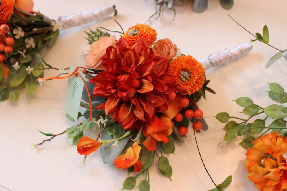 Kutzler bouquets, mother (1 of 1)