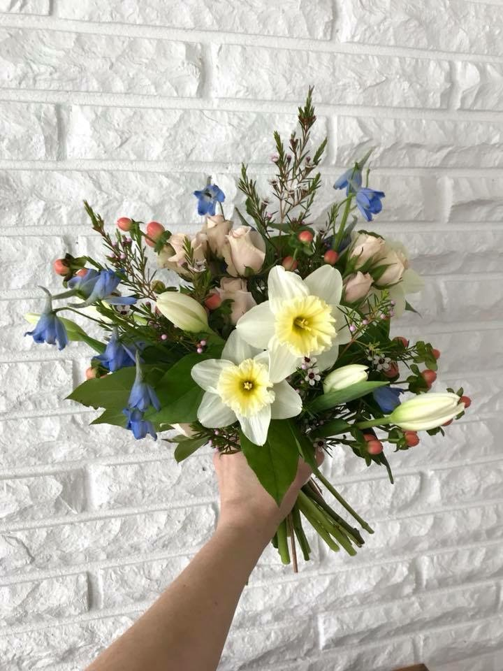 daffodils, tulips, spring bouquet, bridal bouquet
