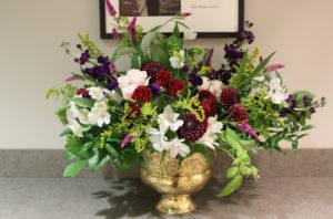 white, burgundy, garden style, local flowers