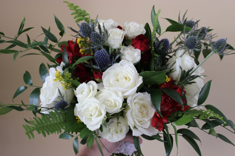 evansville florist, evansville wedding, bouquet, bridal bouquet, white flowers, red flowers, blue flowers