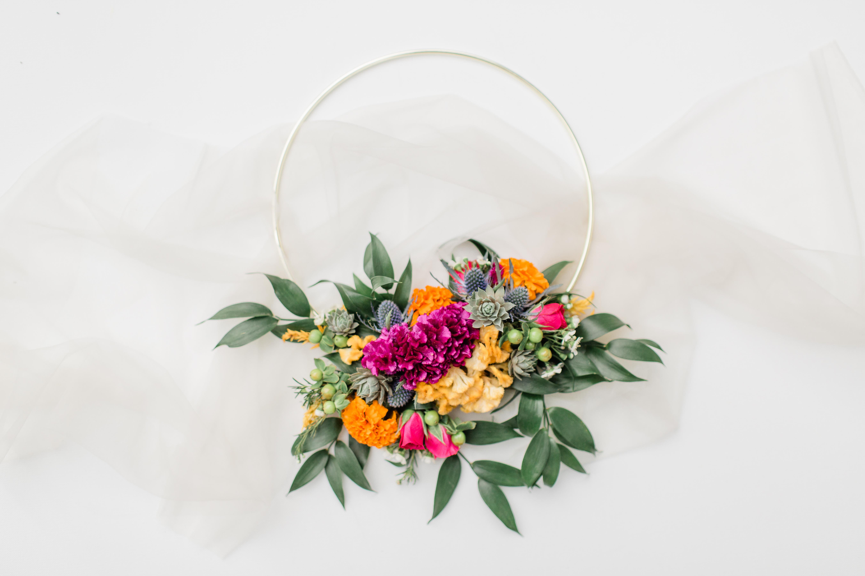 hoop bouquet, wreath, modern wreath, floral wreath, evansville florist, evansville wedding, evansville, evansville indiana