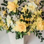 daffodils, spring flowers, flower arrangement, centerpiece, wedding flowers