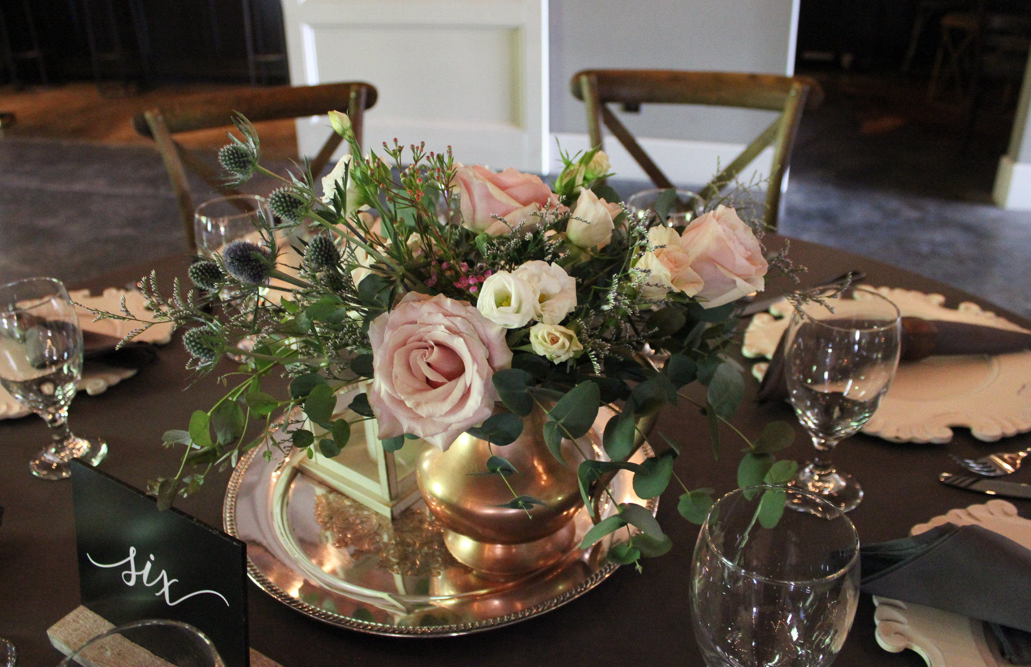 emerald design, evansville florist, wedding flowers, newburgh wedding, 20 West, newburgh indiana