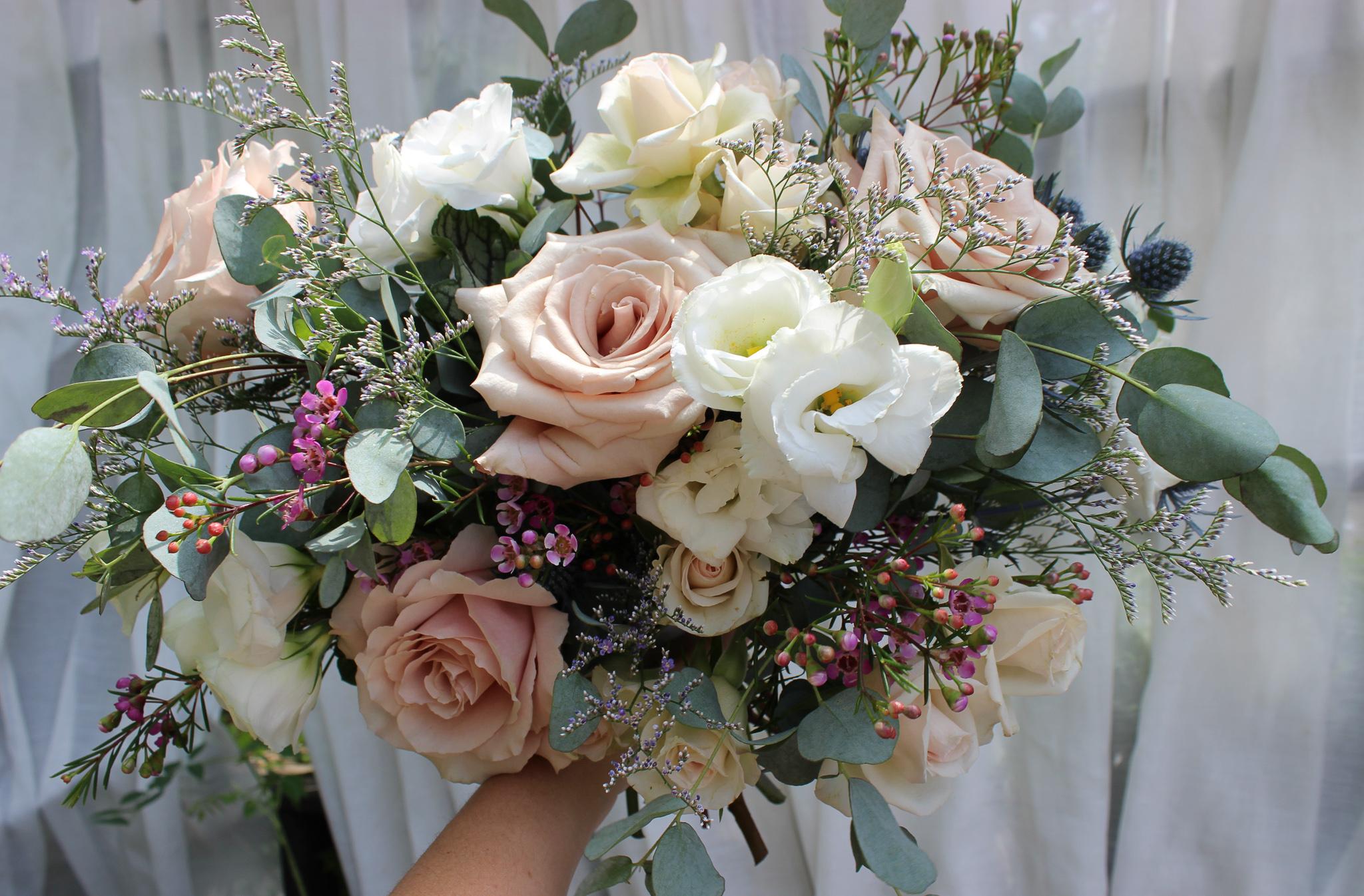 bridal bouquet, wedding flowers, emerald design, evansville florist, newburgh indiana, newburgh wedding, indiana wedding