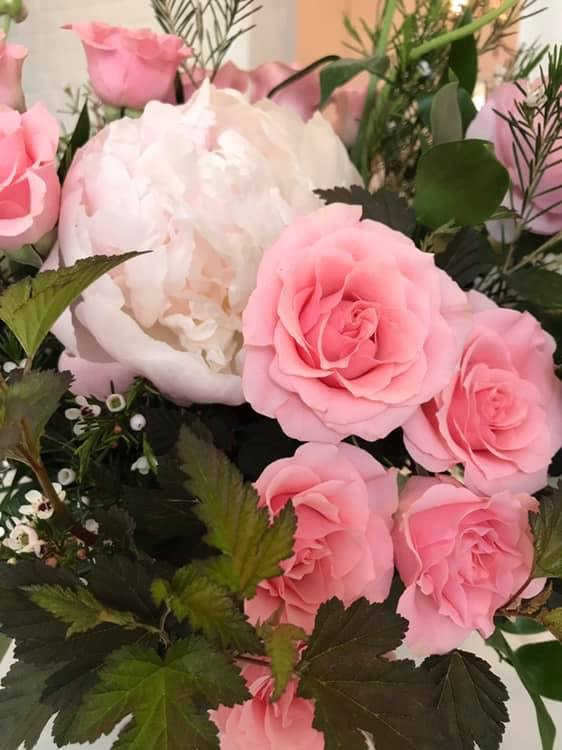 pink flowers, spring flowers, evansville florist, evansville indiana, newburgh indiana
