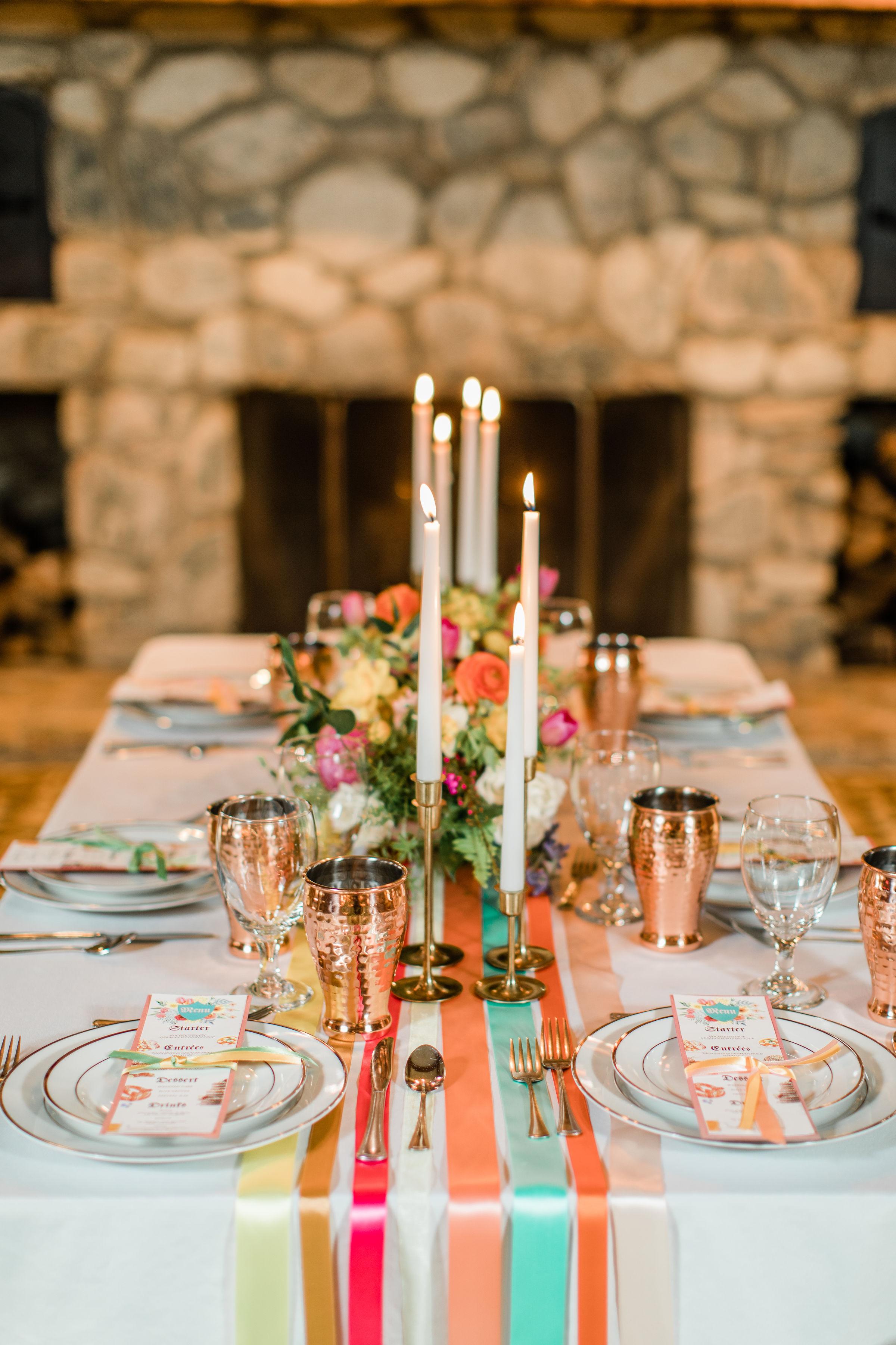 head table decor for bauerhaus wedding