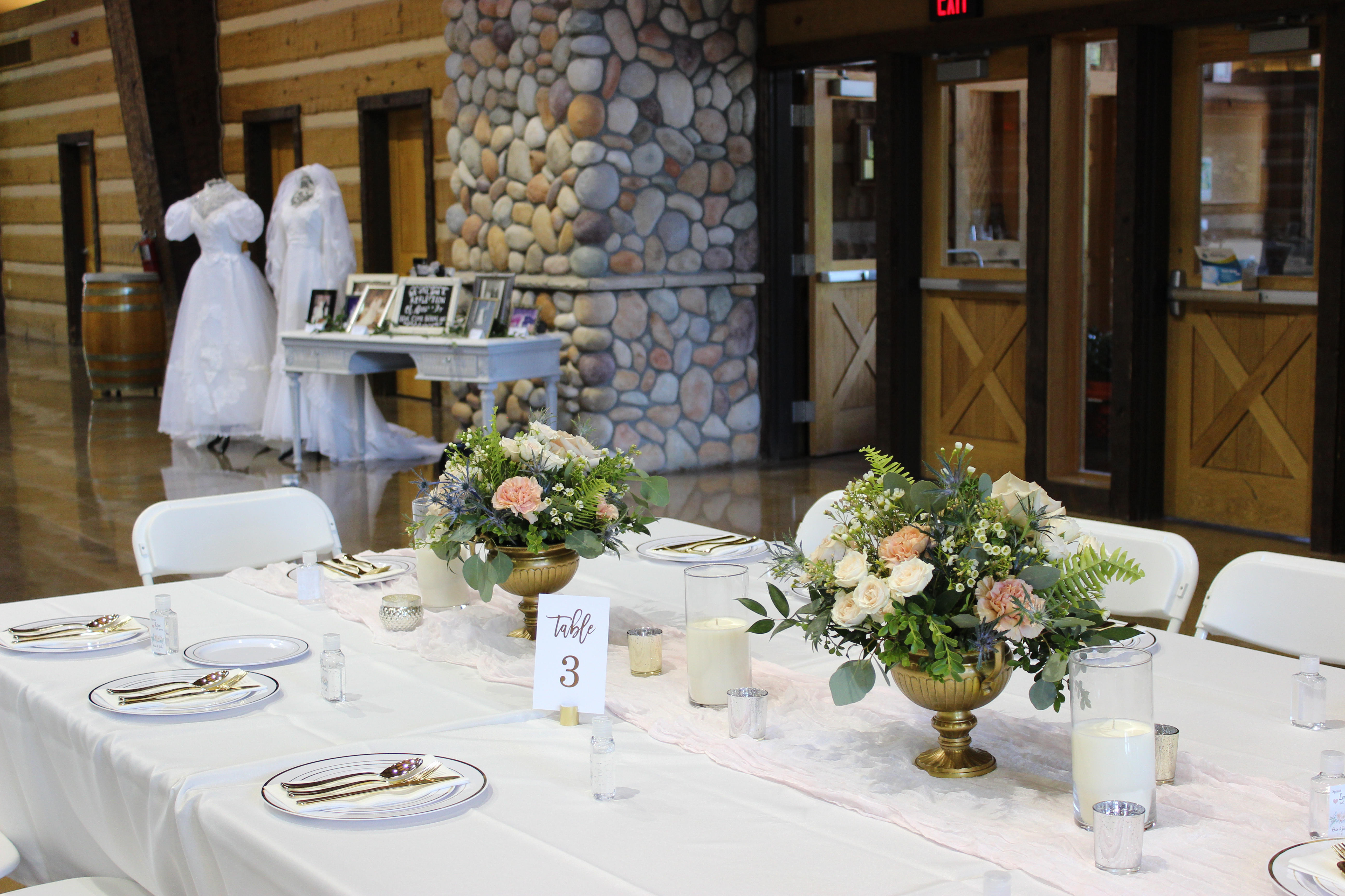 created by emerald design for an evansville wedding at discovery lodge
