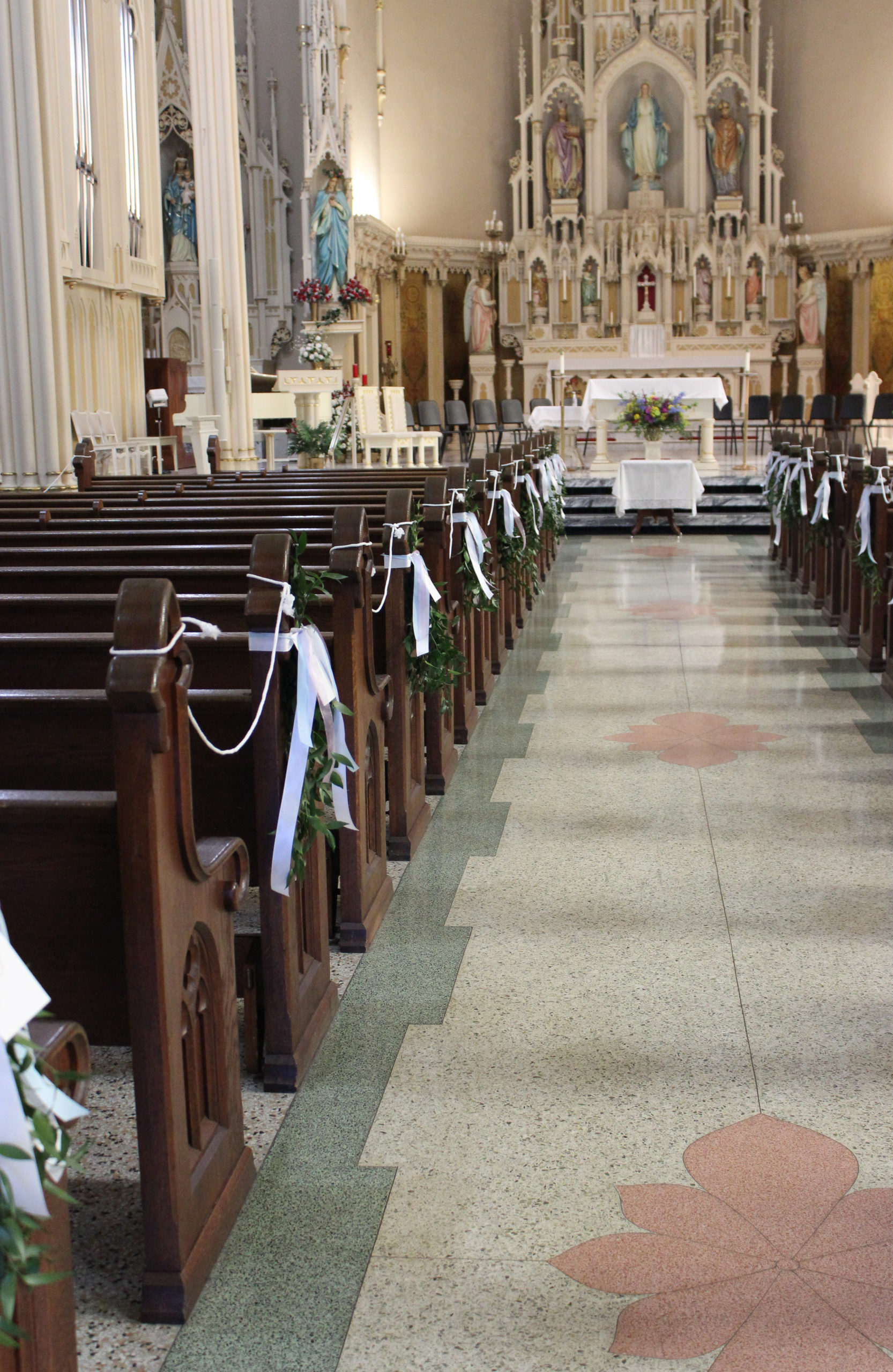 wedding ceremony at st mary's catholic church in downtown evansville