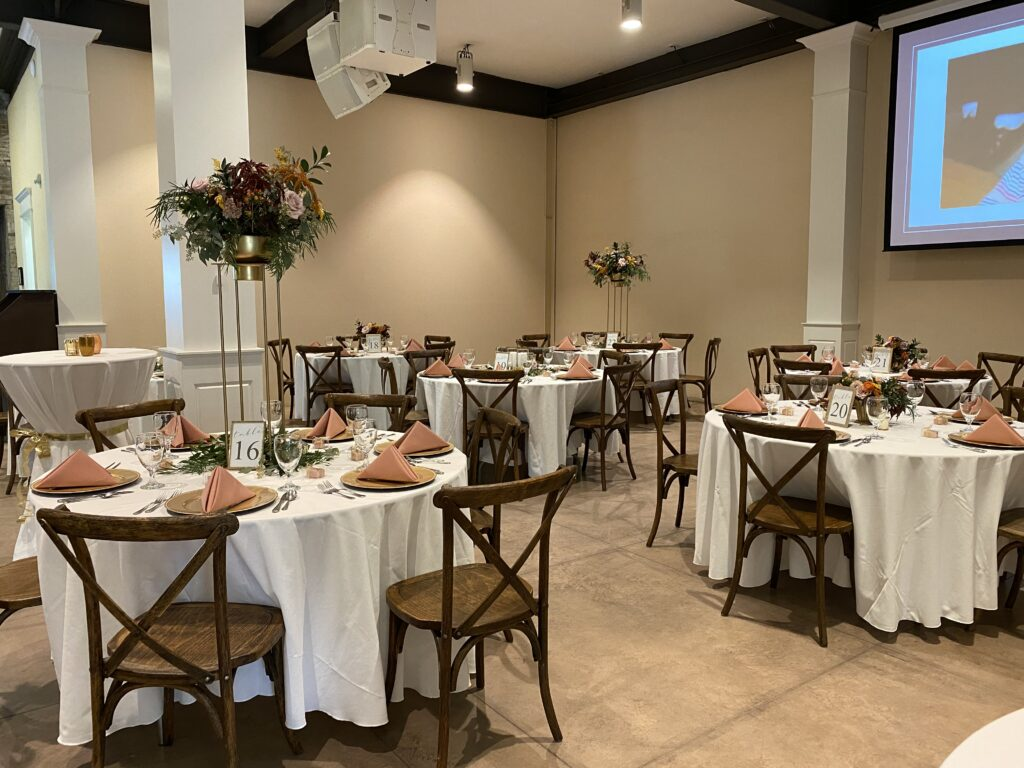 Wedding reception at city view, floral design by evansville florist emerald design