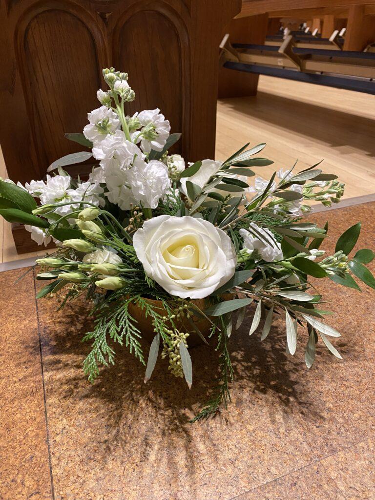 floral arrangement for a wedding at st ben's in evansville, indiana. decor by evansville florist emerald design