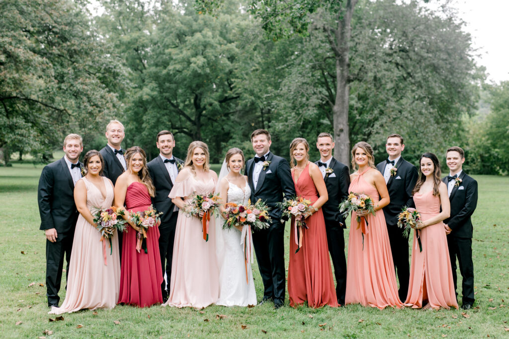 fall wedding in evansville indiana, flowers by evansville florist emerald design, photo by kentucky photographer morgan marie photography