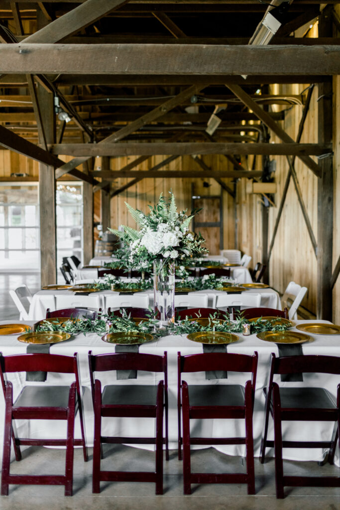 wedding table decor by evansville florist emerald design for a wedding at farmer and frenchman in henderson county kentucky, photos by shillawna ruffner photography